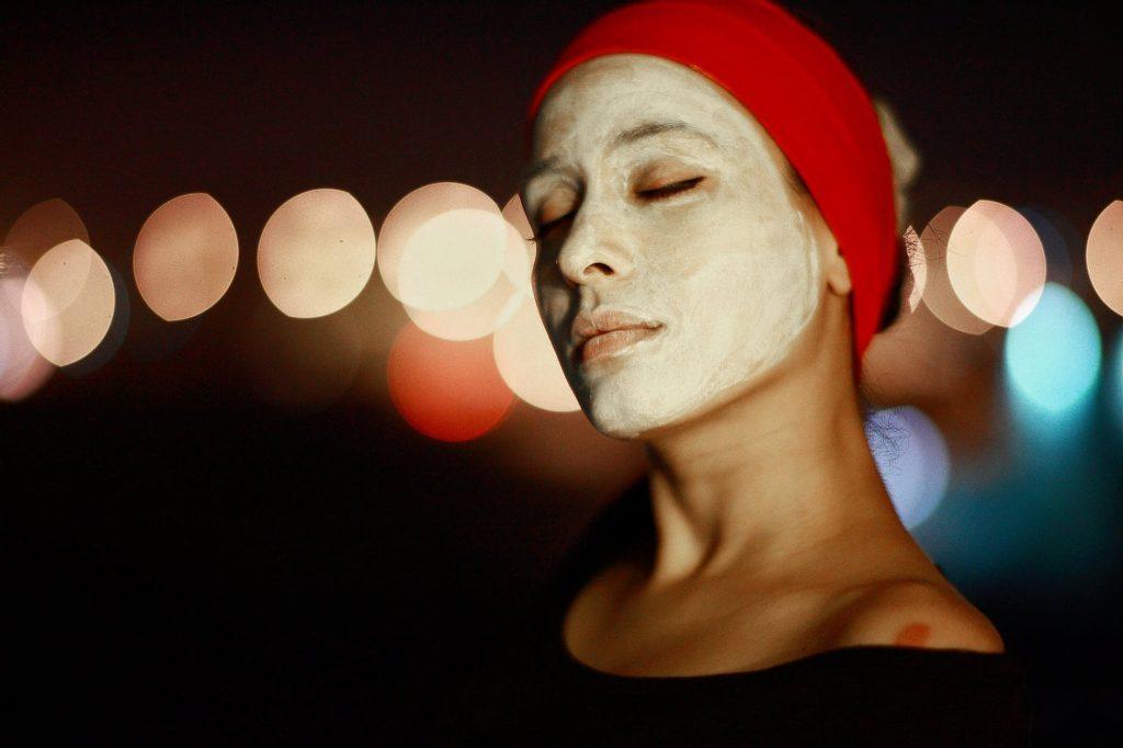 masque argile anti acné avant les règles